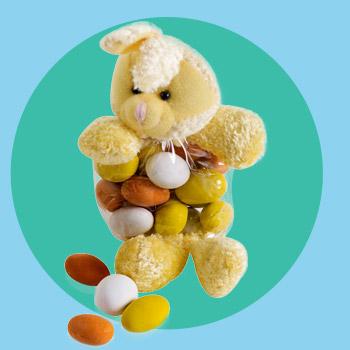 Påskehare med påskemandler